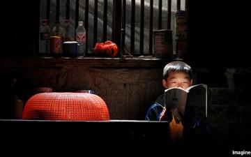 [经济学人]卖火柴的孩子们:中国的留守儿童