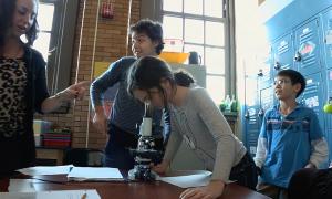 [FT]探访用游戏教学的纽约学校