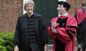 [演讲]扎克伯格在母校哈佛大学做演讲:毕业生要团结全人类